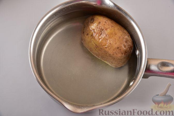 Фото приготовления рецепта: Постные дрожжевые булочки из картофельного теста - шаг №2