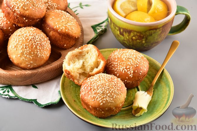 Фото приготовления рецепта: Постные дрожжевые булочки из картофельного теста - шаг №13
