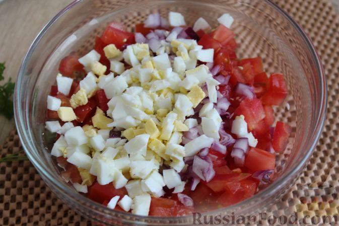Фото приготовления рецепта: Рис с мясным фаршем и помидорами - шаг №4