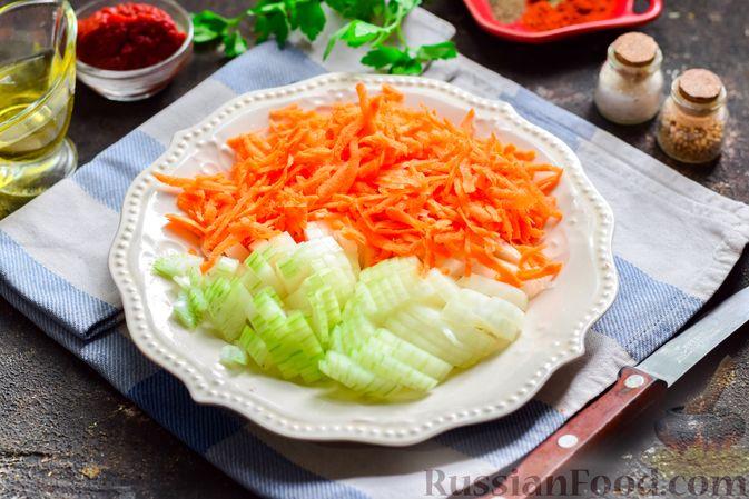Фото приготовления рецепта: Суп с фаршем, капустой и рисом - шаг №2