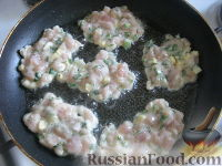 Куриные оладьи с сыром на кефире