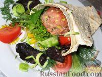Фото к рецепту: Бургер в лаваше