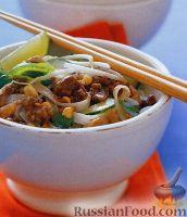 Фото к рецепту: Тайская лапша с фаршем