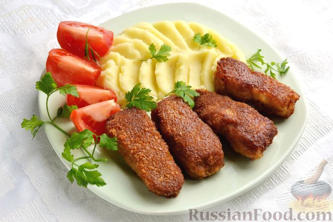 Фото к рецепту: Рыбные палочки в панировочных сухарях и льезоне с соевым соусом