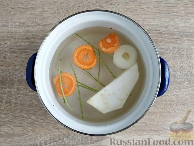 Фото приготовления рецепта: Кулеш с салом и овощами - шаг №2