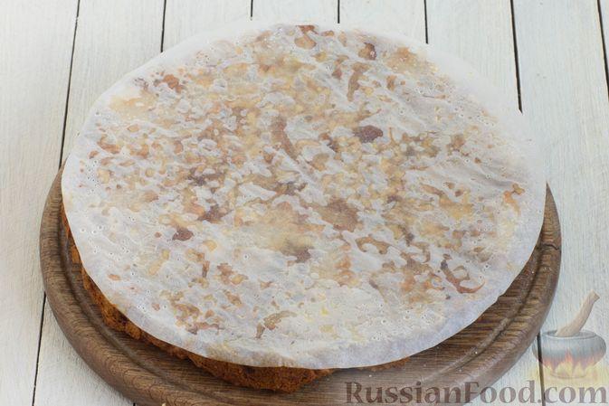 Фото приготовления рецепта: Постный яблочный пирог-перевёртыш - шаг №11