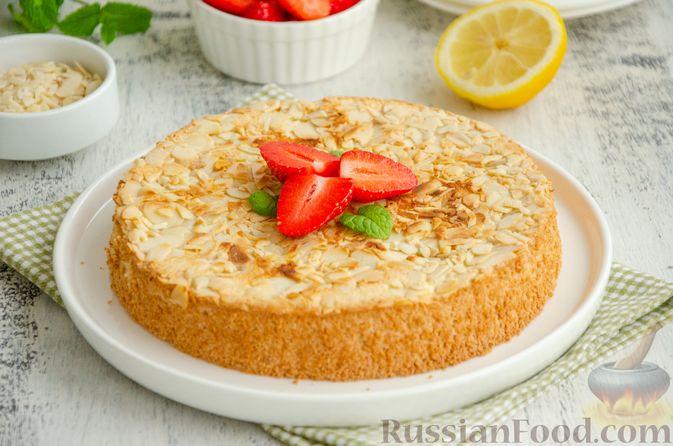 Фото к рецепту: Миндальный пирог