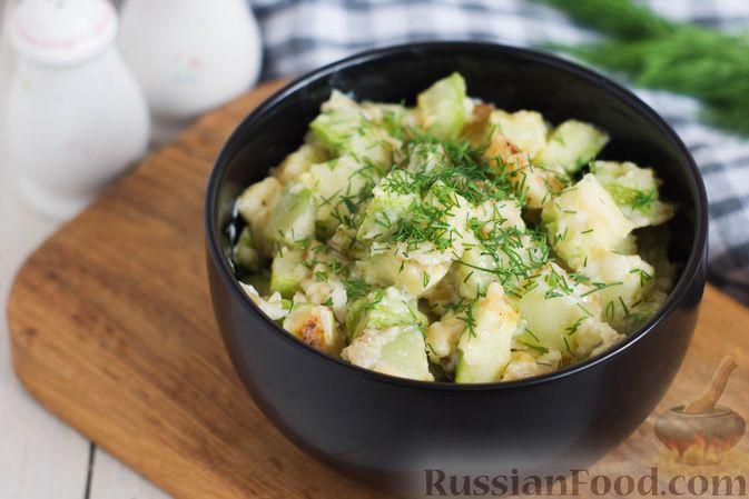 Фото к рецепту: Кабачки, тушенные в сливках, с чесноком