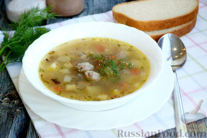 Фото приготовления рецепта: Суп с овсяными хлопьями и фрикадельками - шаг №16
