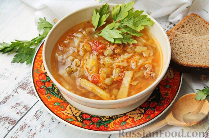 Фото к рецепту: Щи с солеными огурцами  и консервированным горошком