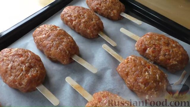 Фото приготовления рецепта: Люля-кебаб со сладким перцем (в духовке) - шаг №5