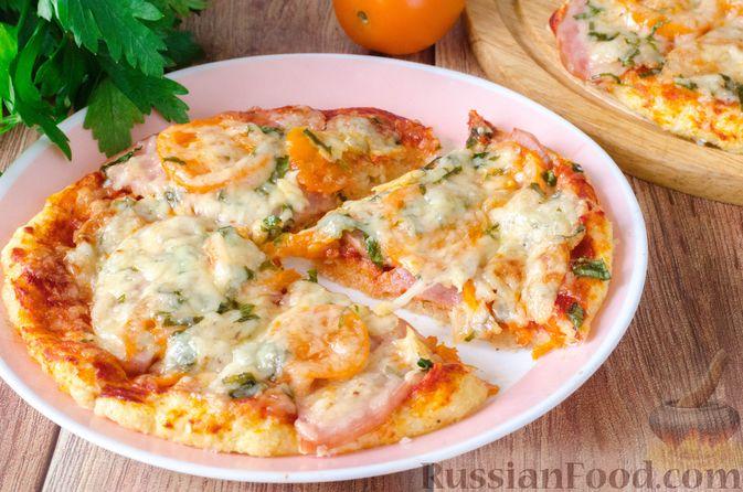 Фото приготовления рецепта: Пицца на корже из цветной капусты - шаг №18
