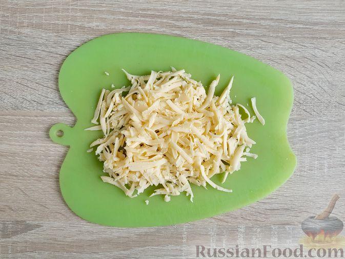 Фото приготовления рецепта: Куриное филе, запечённое с кабачком, в соево-сметанном соусе - шаг №11