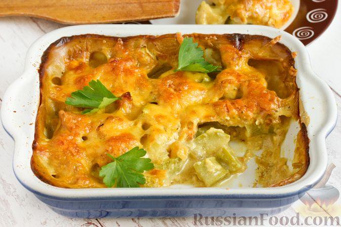 Фото приготовления рецепта: Куриное филе, запечённое с кабачком, в соево-сметанном соусе - шаг №15