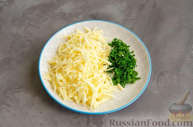 Фото приготовления рецепта: Рулет из лаваша с сыром, творогом и зеленью - шаг №2