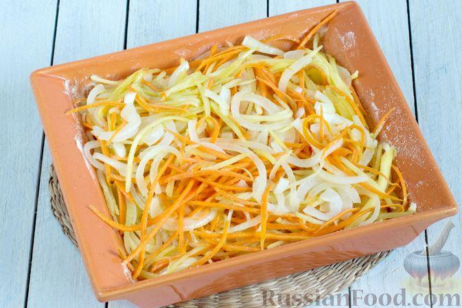 Фото приготовления рецепта: Картофельно-морковная запеканка - шаг №6