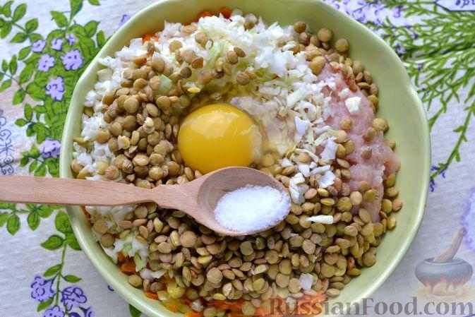 Фото приготовления рецепта: Ленивые голубцы с чечевицей (в духовке) - шаг №10