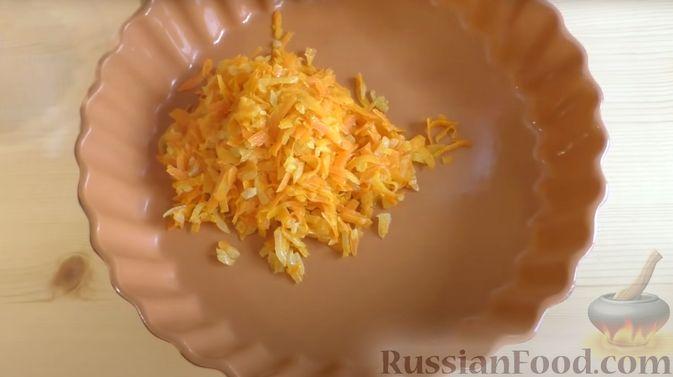 Фото приготовления рецепта: Капустная запеканка с котлетами из мясного фарша и риса, или Ленивые голубцы - шаг №4