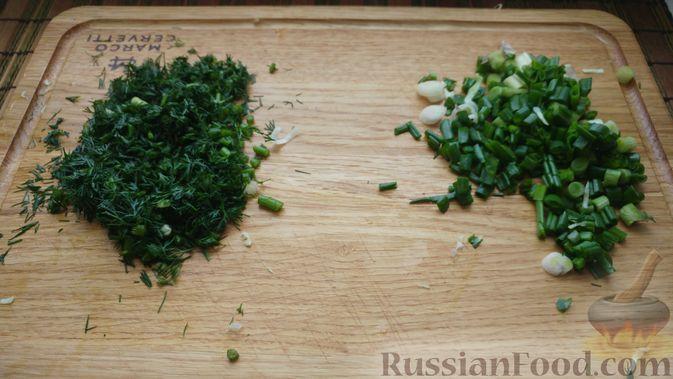 Фото приготовления рецепта: Овощной салат с икрой минтая - шаг №4