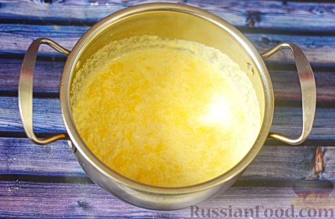 Фото приготовления рецепта: Рисовая каша с тыквой и карамелизированными персиками - шаг №9