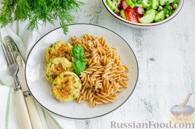Фото к рецепту: Куриные котлеты с творогом и шпинатом, в духовке