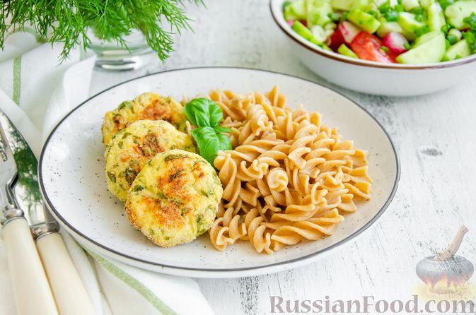 Фото приготовления рецепта: Куриные котлеты с творогом и шпинатом, в духовке - шаг №8