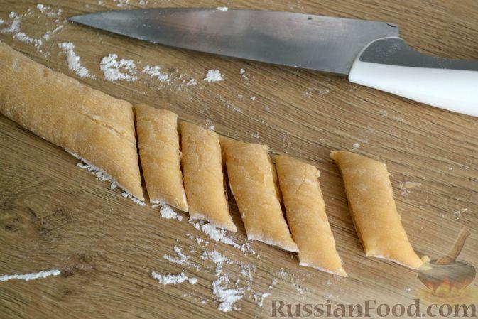 Фото приготовления рецепта: Суп с галушками - шаг №11