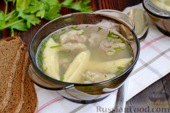 Фото приготовления рецепта: Суп с галушками - шаг №16