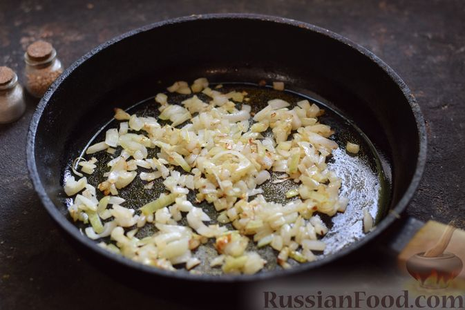 Фото приготовления рецепта: Щи со щавелем и шпинатом - шаг №5