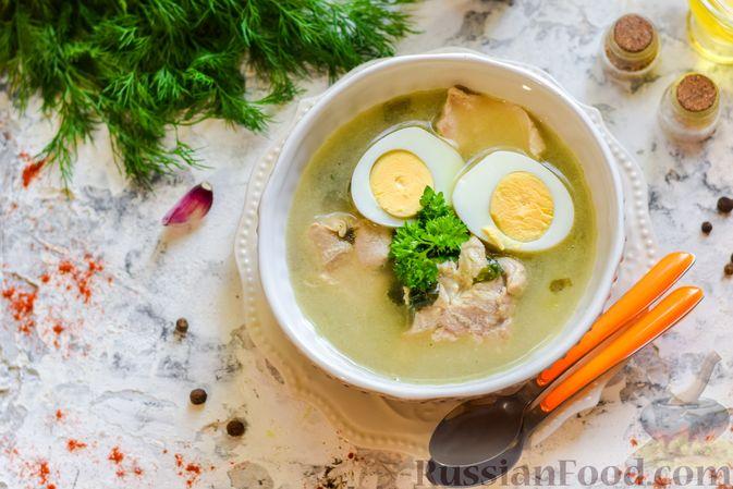 Фото приготовления рецепта: Щи со щавелем и шпинатом - шаг №14