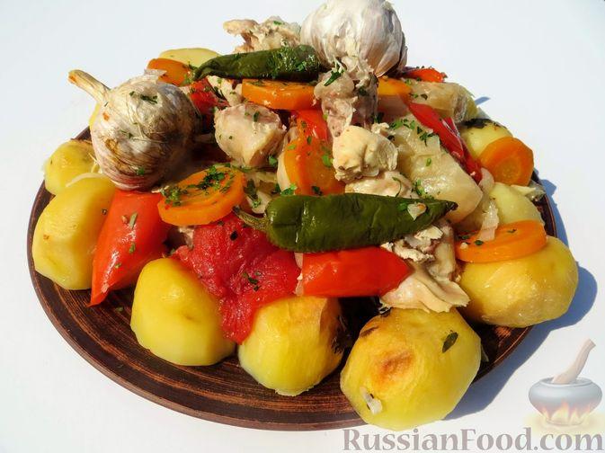 Фото к рецепту: Басма с курицей в духовке