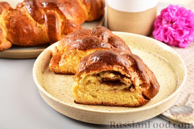Фото к рецепту: Пирог «Венок» из творожного дрожжевого теста, с корицей