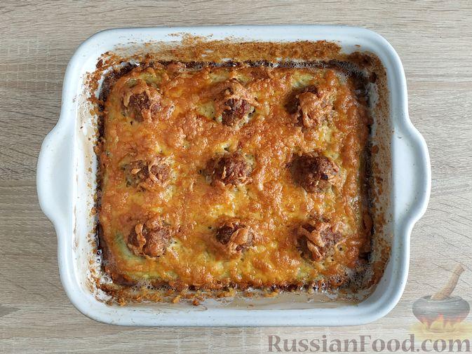 Фото приготовления рецепта: Запеканка из кабачка с мясными фрикадельками - шаг №16