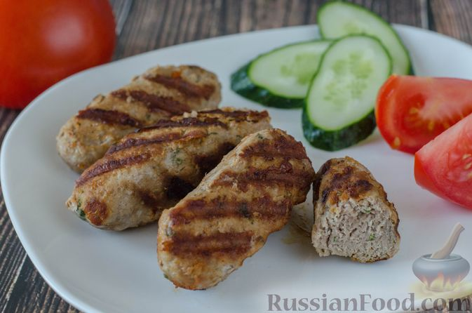 Фото приготовления рецепта: Кебаб из говядины, с сыром - шаг №13