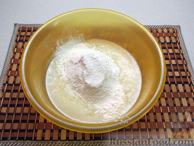 Фото приготовления рецепта: Оладьи на воде - шаг №6