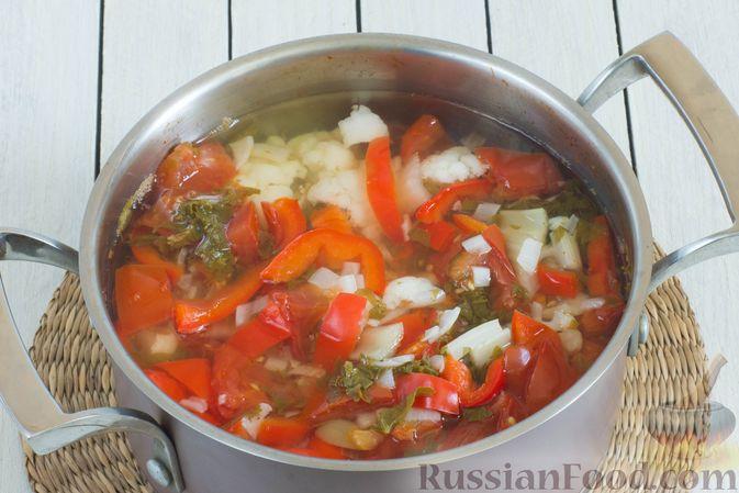 Фото приготовления рецепта: Суп-пюре из цветной капусты, помидоров, сладкого перца и сельдерея - шаг №8