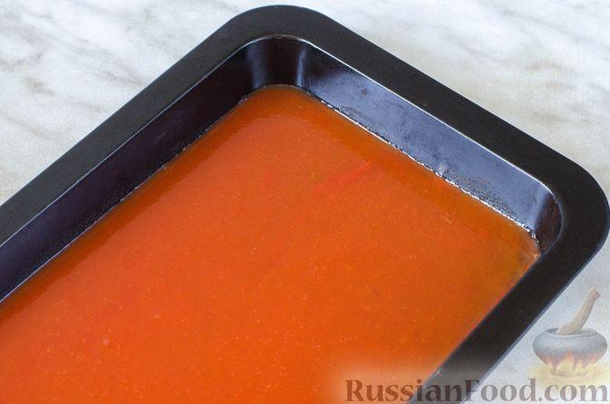 Фото приготовления рецепта: Голубцы с рисом и чечевицей, запечённые в томатном соусе - шаг №14