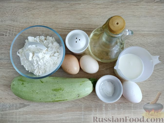 Фото приготовления рецепта: Кабачковые блинчики на кефире - шаг №1