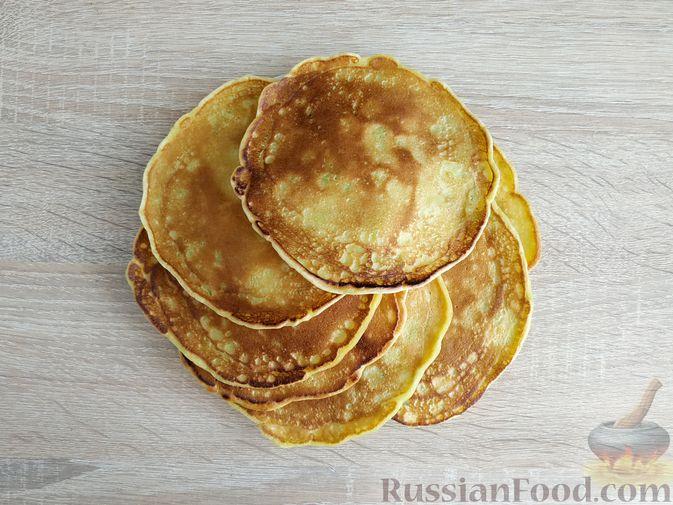 Фото приготовления рецепта: Кабачковые блинчики на кефире - шаг №14