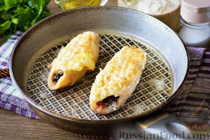 Фото приготовления рецепта: Свиные рулетики с черносливом и грецкими орехами - шаг №10