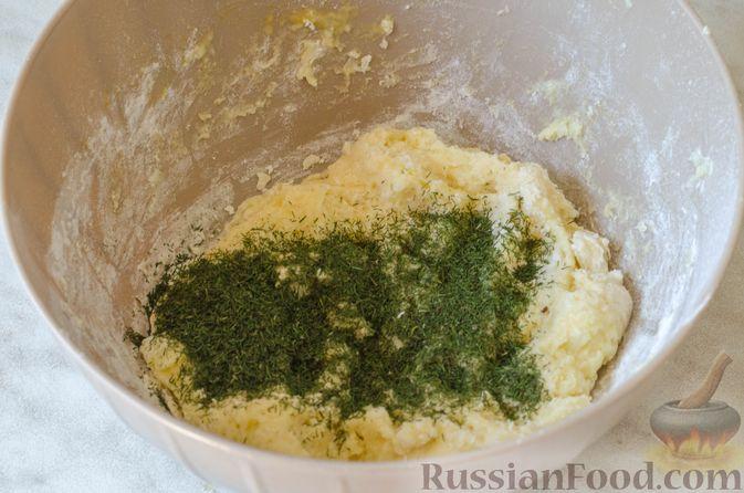 Фото приготовления рецепта: Рагу из говядины в томатном соусе, с картофельными ньокками - шаг №13