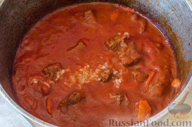 Фото приготовления рецепта: Рагу из говядины в томатном соусе, с картофельными ньокками - шаг №20