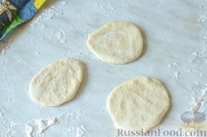 Фото приготовления рецепта: Отрывной пирог с курицей - шаг №22