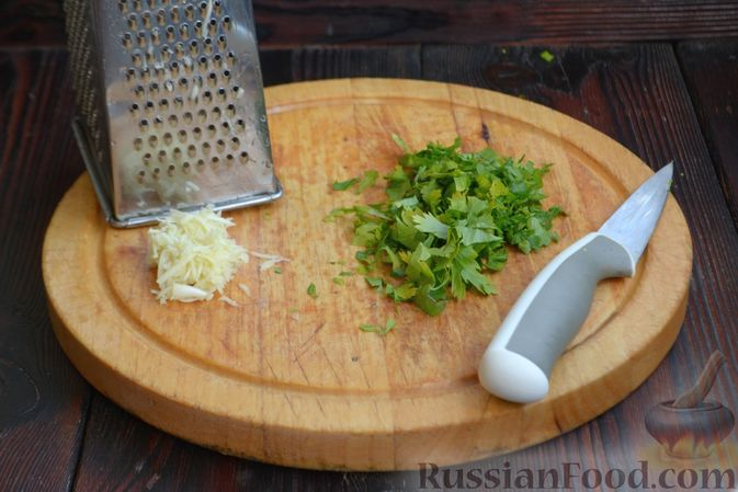 Фото приготовления рецепта: Шашлычки из куриного филе в йогуртовом маринаде, с беконом - шаг №3