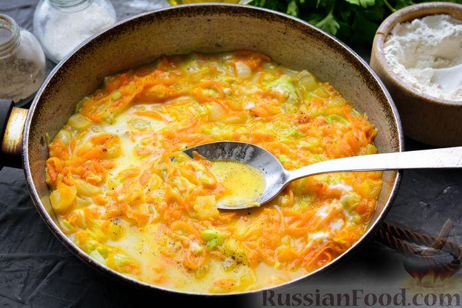 Фото приготовления рецепта: Тефтели из риса и крабовых палочек, запечённые в овощном соусе - шаг №8