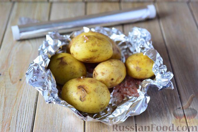Фото приготовления рецепта: Картофельные ньокки со сливочно-сырным соусом с грибами - шаг №2