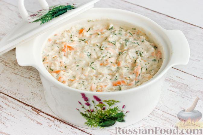 Фото приготовления рецепта: Несладкая ленивая овсянка с морковью и зеленью - шаг №11