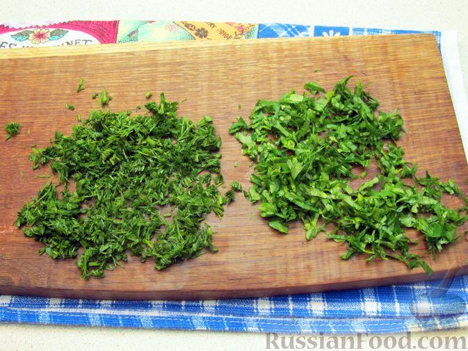 Фото приготовления рецепта: Салат из помидоров и фасоли - шаг №2