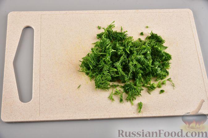 Фото приготовления рецепта: Мясные котлеты с болгарским перцем, запечённые в грибном соусе - шаг №12