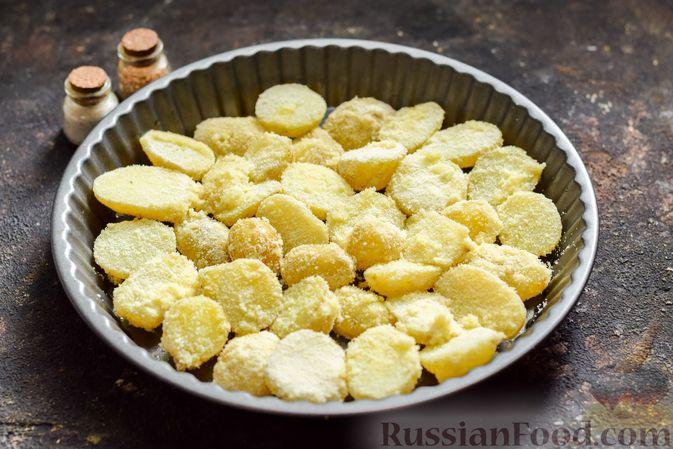 Фото приготовления рецепта: Картофель, запечённый в манке - шаг №5